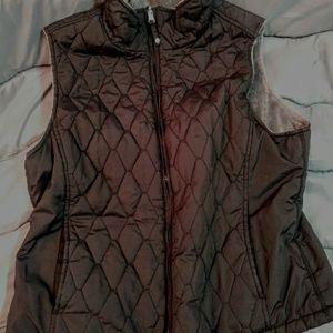 American Eagle black vest